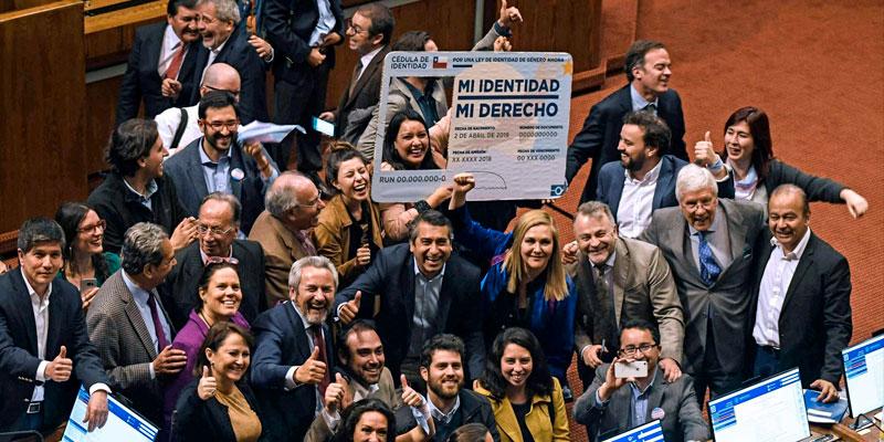 Au Chili, le parlement autorise le changement de genre dès 14 ans