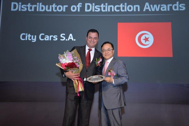 City Cars remporte le prix de distinction des distributeurs KIA de la région MEA