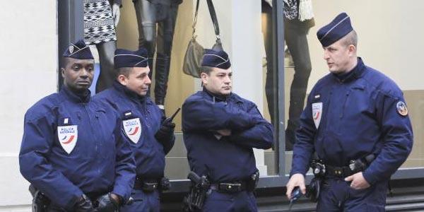 Fusillade près des Champs-Elysées : deux blessés