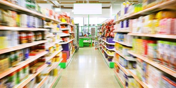 Le ministre du Commerce annonce la baisse des prix de certains produits de consommation