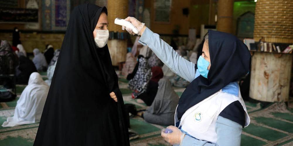 الصحة الإيرانية تعلن عن عارض يصيب 30% من مصابي كورونا