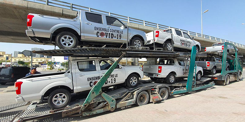 En photos : Livraison des 10 Peugeot pick-up offerts par la STAFIM