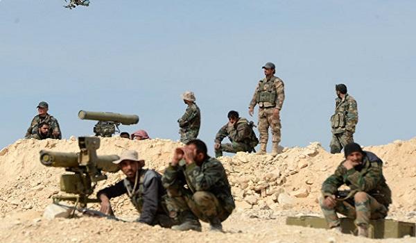 L'armée syrienne prend d'assaut les derniers bastions de Daech