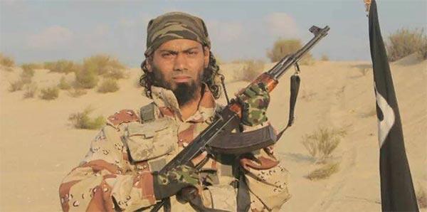 ''داعش'' يكشف عن صور منفذي هجوم سيناء الذي قتل 18 شرطياً