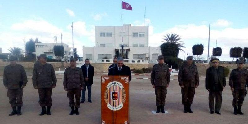 Le Ministre de la défense en visite d'inspection à la base militaire de Sbeïtla