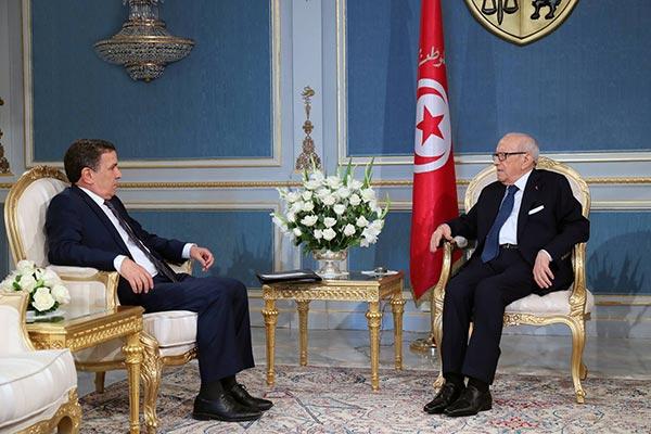 اجتماع اللجنة العسكرية التونسية الامريكية وافاق التعاون بين البلدين محور لقاء قائد السبسي بوزير الدفاع