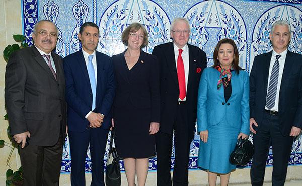 Déjeuner Débat à l'occasion de la Visite de Dr Andrew Parmley,  Lord Maire de Cité Financière de Londres, en Tunisie