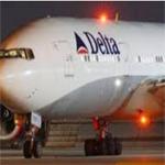 شجار بين مضيفتين يؤدي لهبوط اضطراري لطائرة