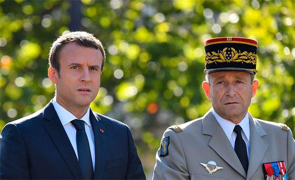 Le chef d'état-major des armées françaises Pierre de Villiers démissionne