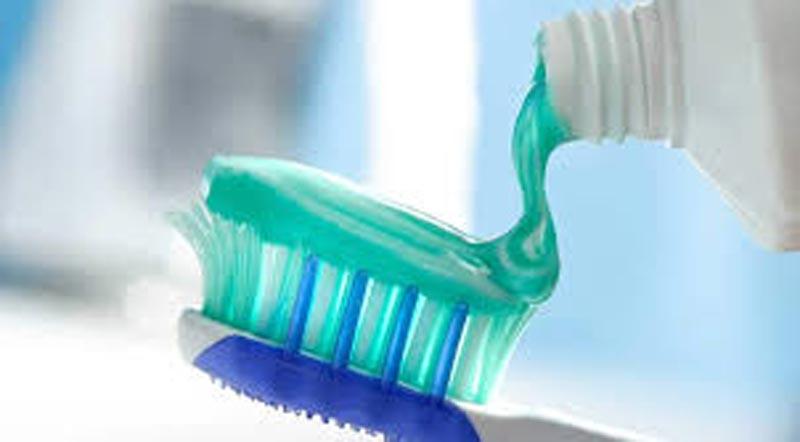 من الماء إلى معجون الأسنان.. العلم يحذر من ''الجرعة الزائدة''