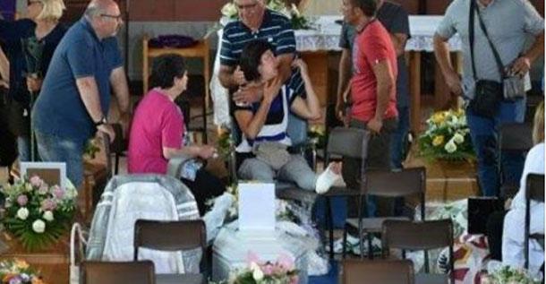إيطاليا تشيع ضحايا الزلزال وتعلن السبت يوم حداد وطني