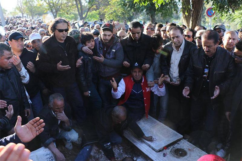 بالصّور : جنازة الفنان الهادي التونسي