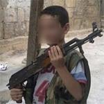 B.Belhadj Hmida appelle les autorités à empêcher une mère et ses enfants de partir en Syrie