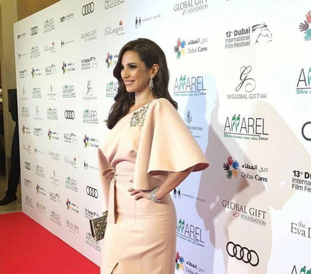 En photos-DIFF 2016 : Dora Zarrouk dans une robe signée MARMAR HALIM au Gala Global Gift Foundation