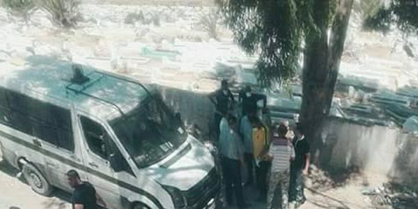 Découverte d'un cadavre décomposé dans un cimetière à Douar Hicher