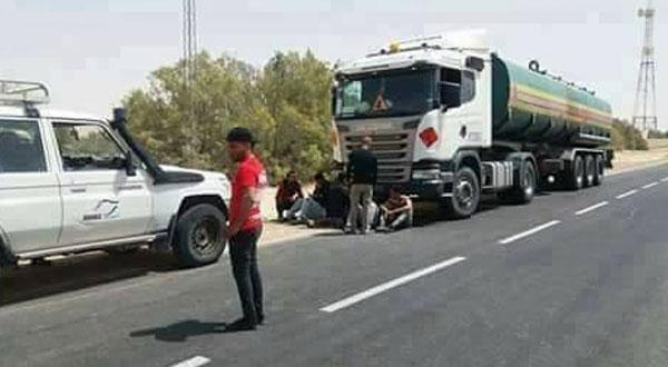 دوز :احتجاز شاحنة تابعة لشركة برنكو الامريكية البترولية