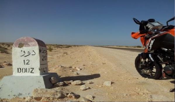 Les camions des sociétés pétrolières enfin libérés à Douz