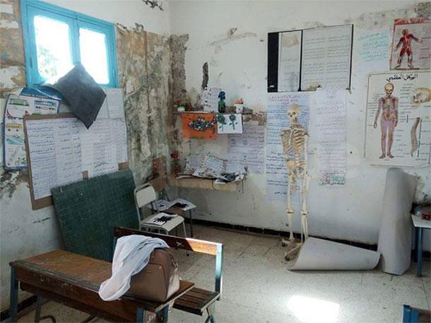 En photos : Une école primaire à Mateur dans un état déplorable….