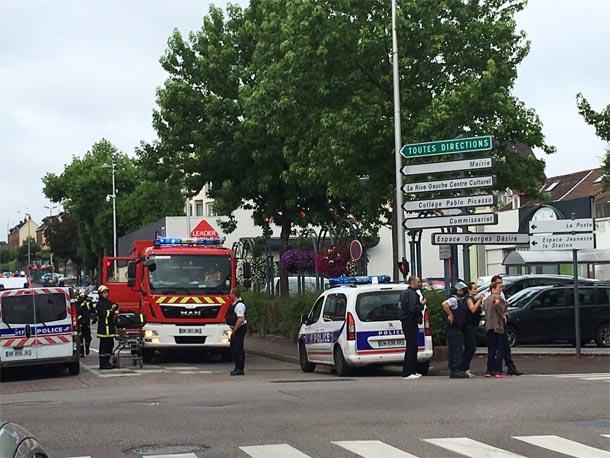 منفذا هجوم كنيسة فرنسا اختارا مسقط رأس الرئيس الفرنسي