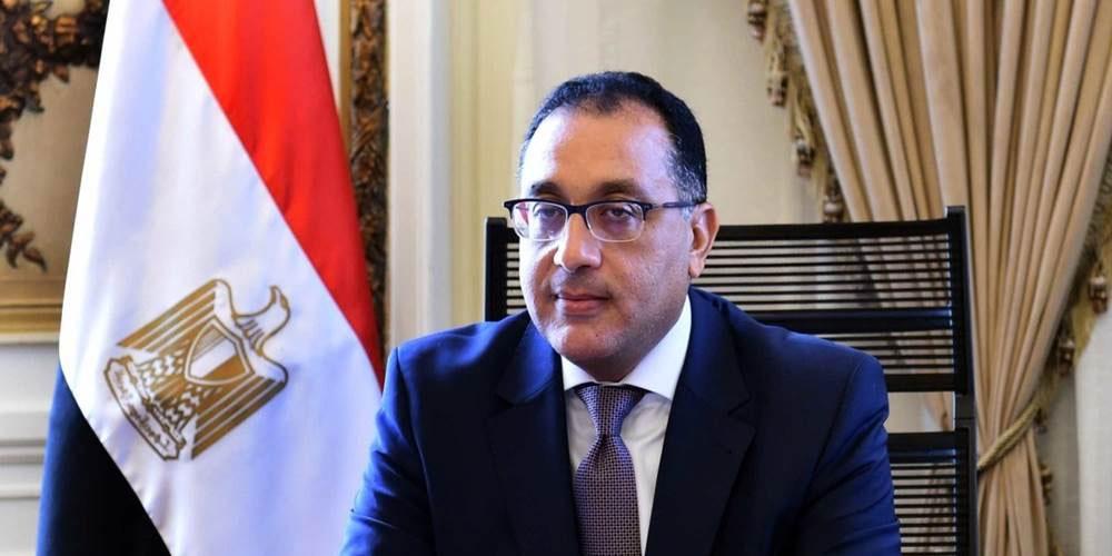 تمهيدا لزيارة السيسي، رئيس الوزراء المصري يزور ليبيا