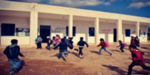 Un parent d'élève menace d'incendier une école