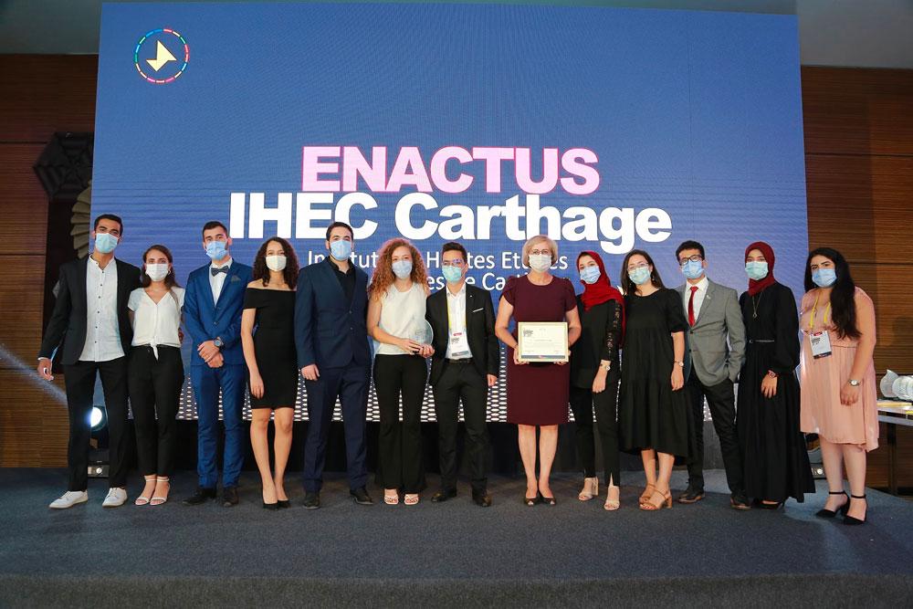 enactus-110921-3.jpg