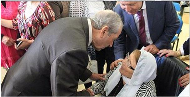Mohamed Ennaceur à la mère de Charfeddine : N'ayez crainte pour la Tunisie, elle est dans nos yeux et notre cœur