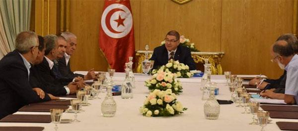 رئيس الحكومة يلتقي أعضاء المكتب التنفيذي للإتحاد العام التونسي للشغل