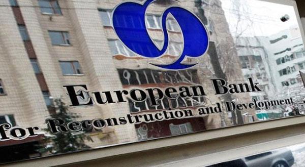 البنك الاوروبي لاعادة الاعمار والتنمية يمنح الاتحاد الدولي للبنوك تمويلات لدعم المؤسسات الصغرى والتجارة في تونس