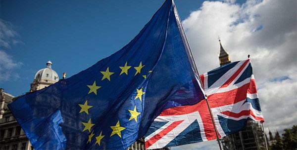 الاتحاد الأوروبي يريد ''مبلغا فلكيا'' من بريطانيا قبل الخروج