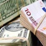 L'euro baisse face au dollar, plombé par la Grèce