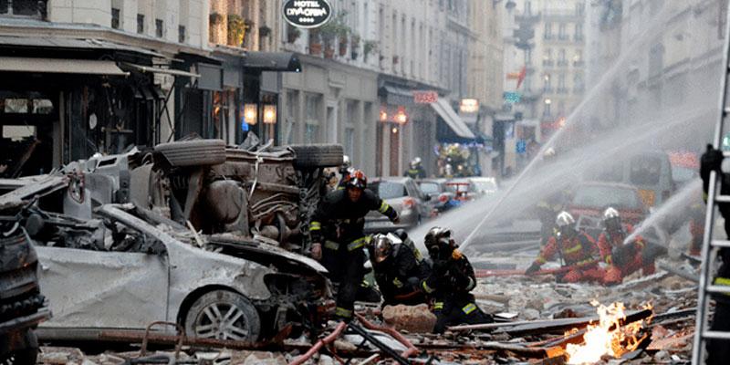 Forte explosion à Paris, le bilan humain est ''lourd'' et ''grave''