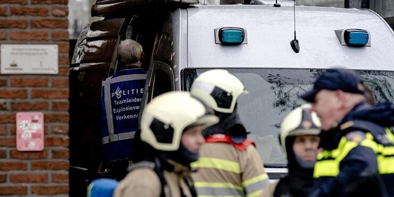 انفجار رسالة ملغومة داخل بنك في أمستردام