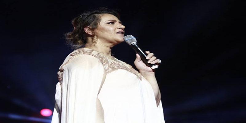 أمينة فاخت: كنت في حالة من الدهشة اللامتناهية أواجه حب الآلاف من الجمهور
