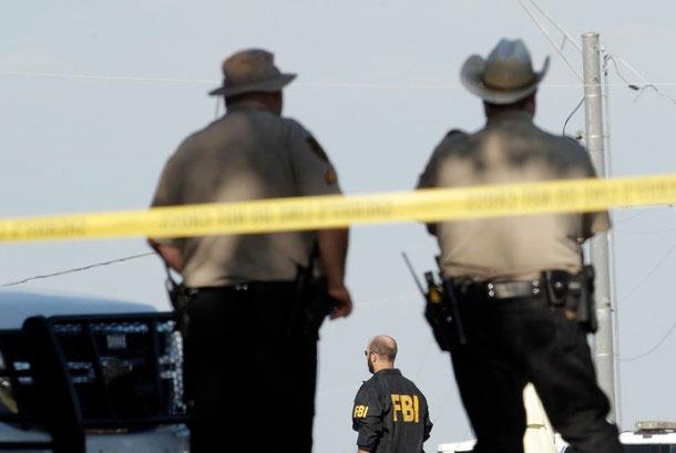 Fusillade au Texas: le portable du tueur inaccessible aux enquêteurs