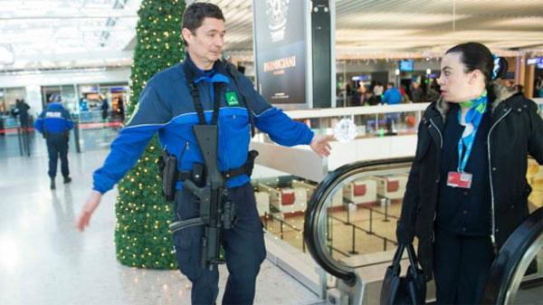 لمنع زوجها من السفر: امرأة تدعي كذبا وجود قنبلة في مطار جنيف