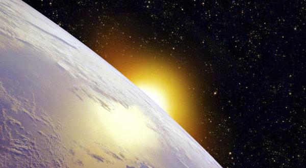 كوكب غريب يقترب من الارض