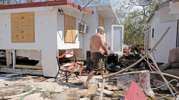 L'ouragan Irma fait 12 morts en Floride, Trump en visite jeudi