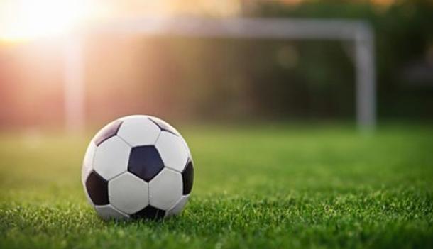 إلغاء مباراة كرة قدم في رومانيا لعدم وجود كرات في الملعب
