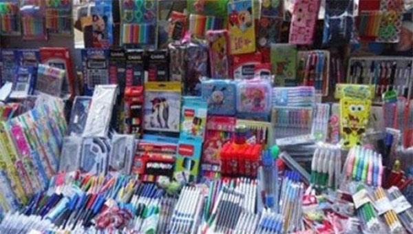 وزارة التجارة تحذر من ترويج الأدوات المدرسية غير المطابقة للمعايير الصحية