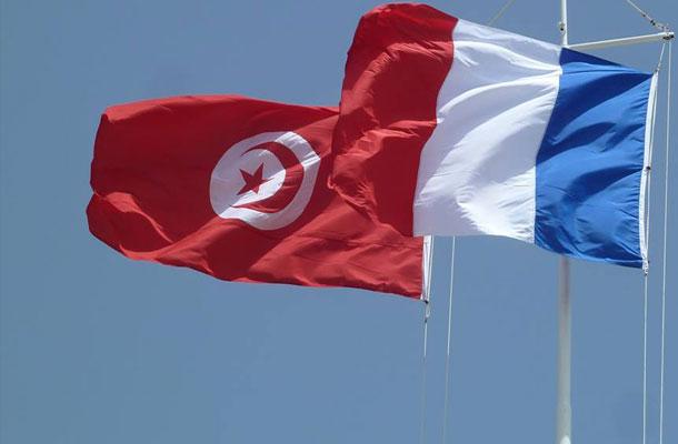 Les Franco-Tunisiens en vacances en Tunisie appelés à vérifier que leurs papiers français sont en cours de validité