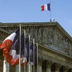 البرلمان الفرنسي يصوت على إسقاط الجنسية عن المتورطين في الإرهاب