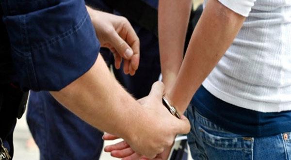 قفصة :مداهمة وكر دعارة و القبض على 9 أشخاص