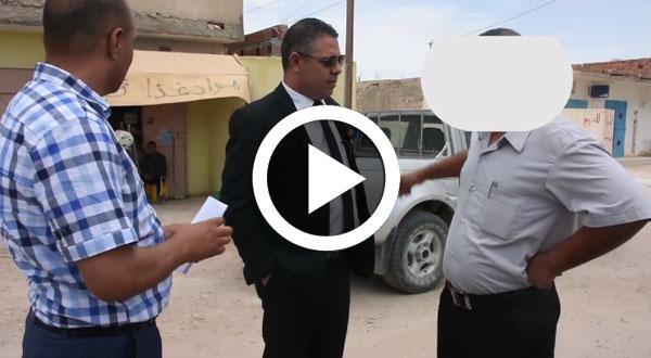 فيديو : والي قفصة يفضح موظفين 'كناترية'