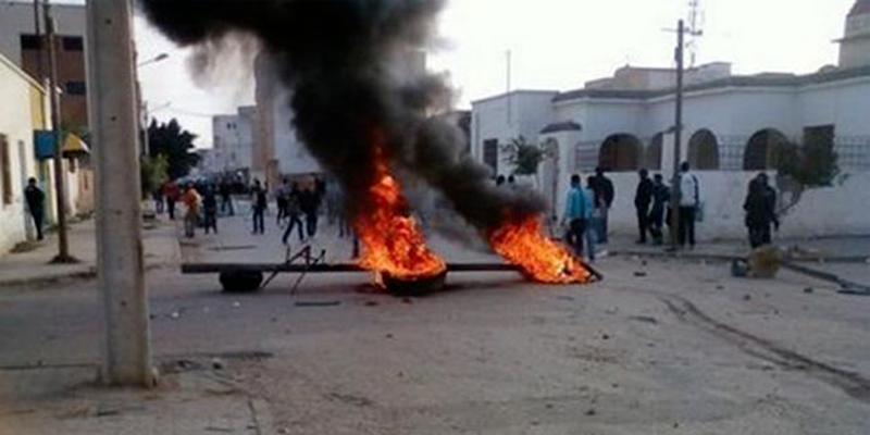 Plusieurs centaines de manifestants pacifiques jugés par contumace à Gafsa, dénonce Amnesty International