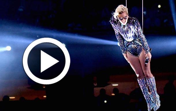 En vidéo : Sauts dans le vide et acrobaties....  Lady Gaga enflamme le Super Bowl et les réseaux sociaux