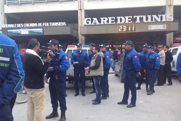 الشرطة البيئية تقوم بحملة تحسيسية في محطة الأرتال بالعاصمة