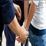 القصرين :القبض على جزائريين على علاقة بخلية ارهابية