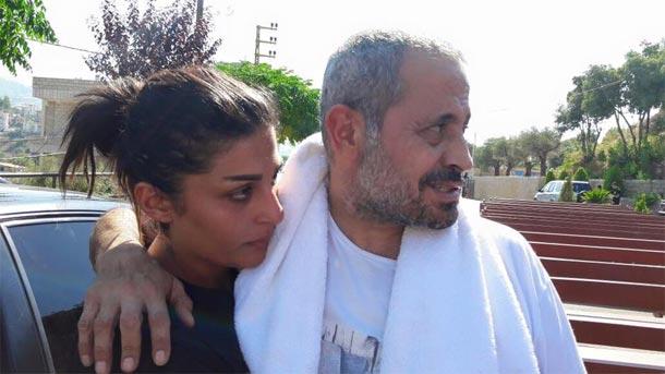 En photo : Après Kadhafi, Georges Wassouf choisit une femme comme agent de protection rapprochée