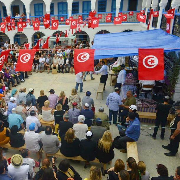 Photo du jour : début du pèlerinage à la synagogue de la Ghriba